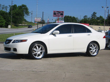 Acura TSX with 19in Axis Se7en Mod Wheels