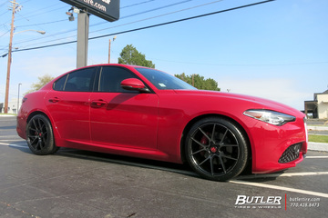 Alfa Romeo Giulia with 19in Savini BM14 Wheels