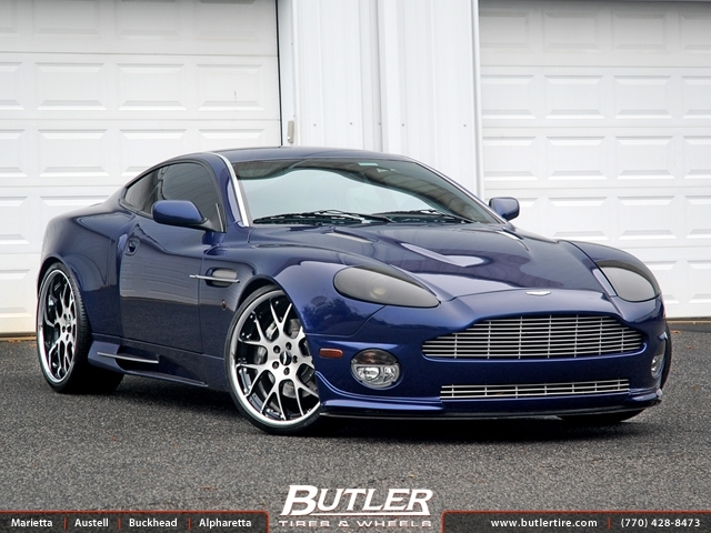 Aston Martin Vanquish with 22in Niche Pulse Wheels