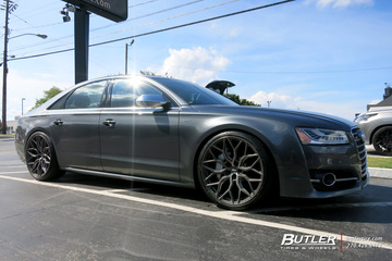 Audi S8 with 22in Vossen HF-2 Wheels