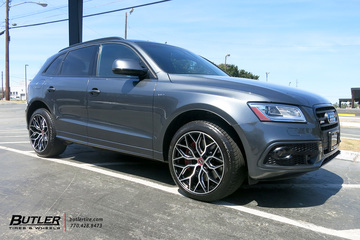 Audi Q5 with 20in Vossen HF-2 Wheels