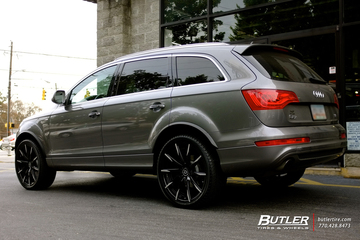 Audi Q7 with 22in Lexani CSS15 Wheels