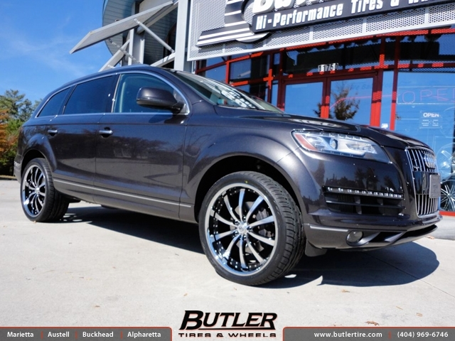 Audi Q7 with 22in Lexani LSS10 Wheels