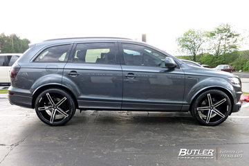 Audi Q7 with 22in Lexani R-Three Wheels