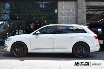 Audi Q7 with 22in Rotiform JDR Wheels