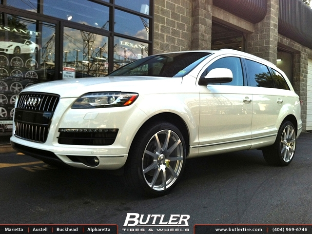 Audi Q7 with 22in TSW Interlagos Wheels