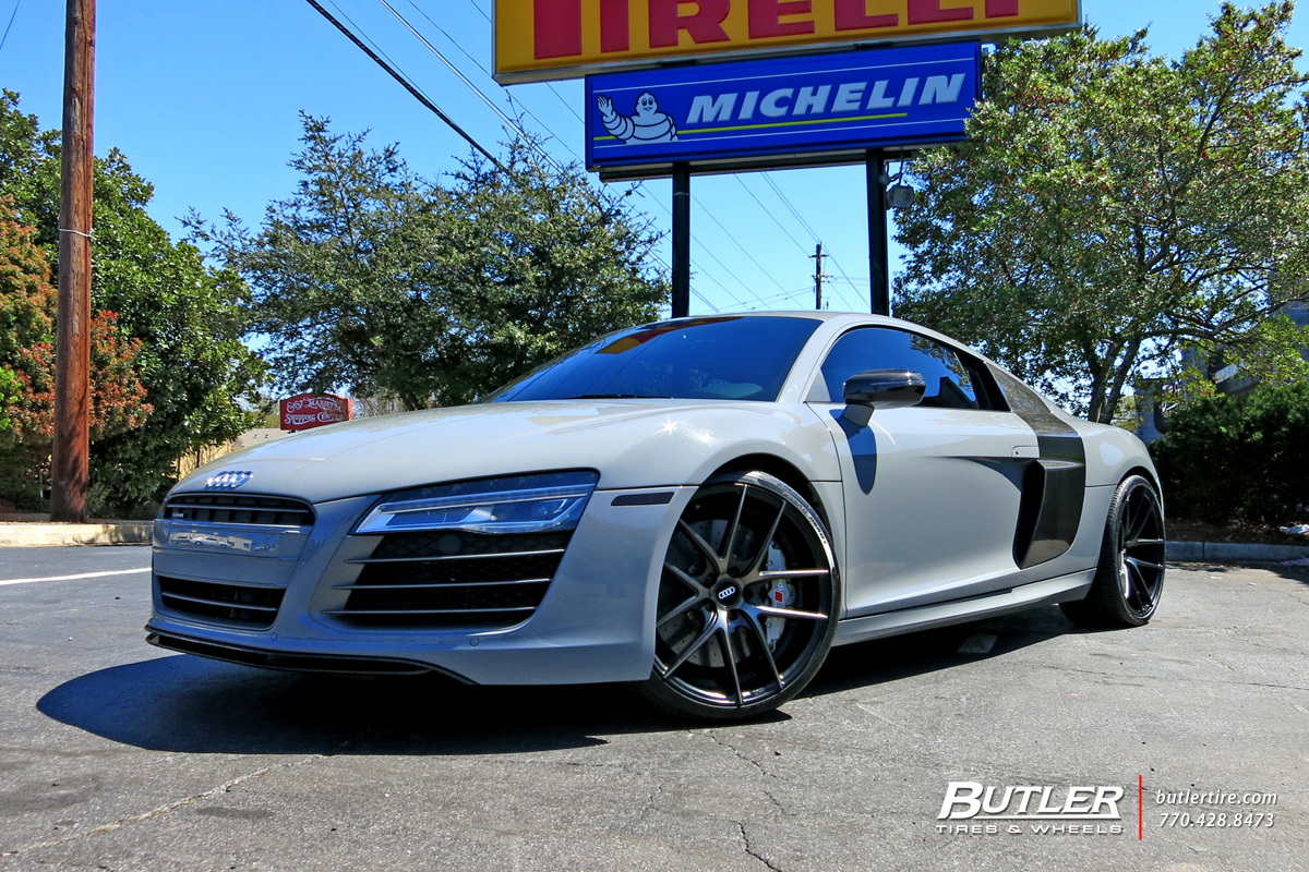 Audi R8 with 20in Niche Targa Wheels