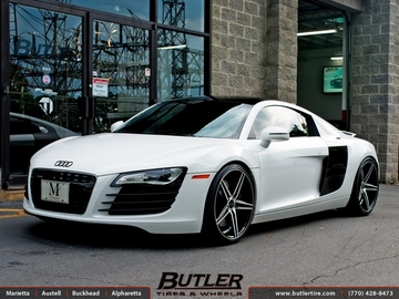 Audi R8 with 20in Savini BM8 Wheels