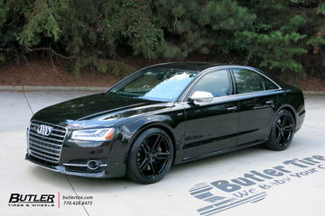 Audi S8 with 21in Vossen HF-1 Wheels