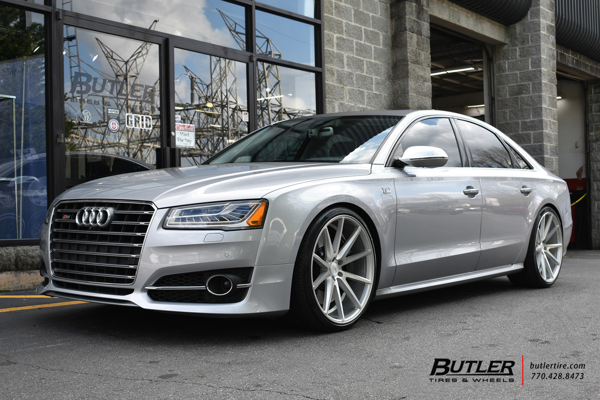Audi S8 with 22in Vossen VFS1 Wheels