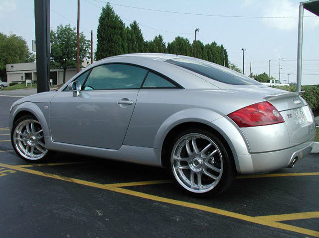 Audi TT with 19in Axis Neo Wheels