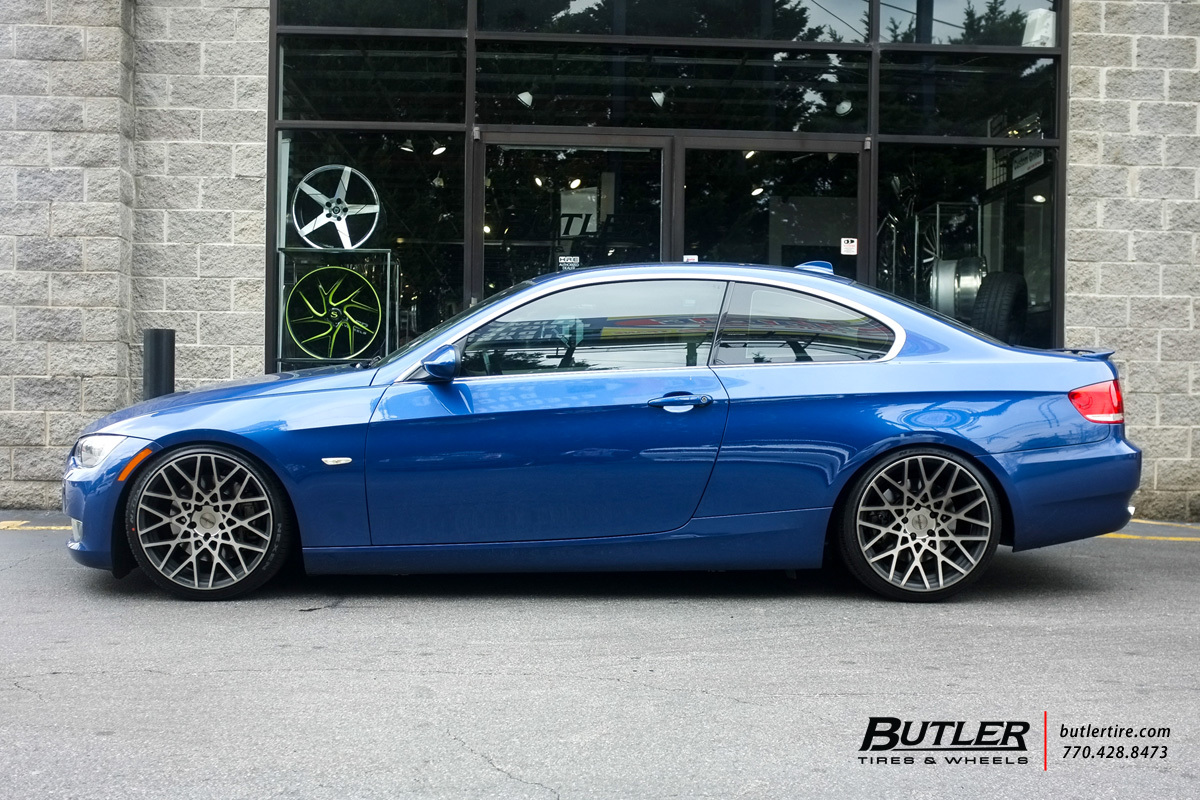 BMW 3 Series with 19in Rotiform BLQ Wheels