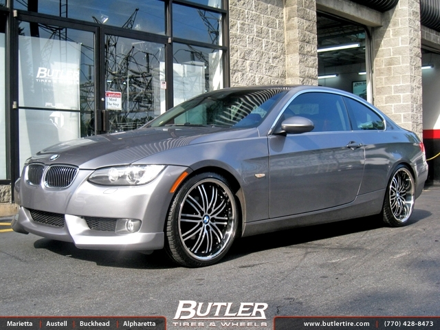 BMW 3 Series with 20in Niche Touring Wheels