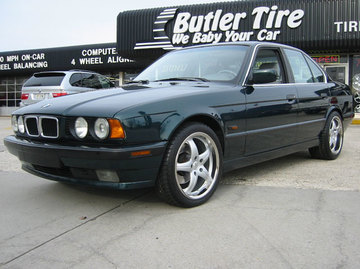 BMW 5 Series with 18in Antera 309 Wheels