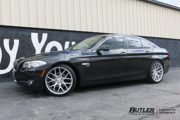 BMW 5 Series with 20in Niche Intake Wheels