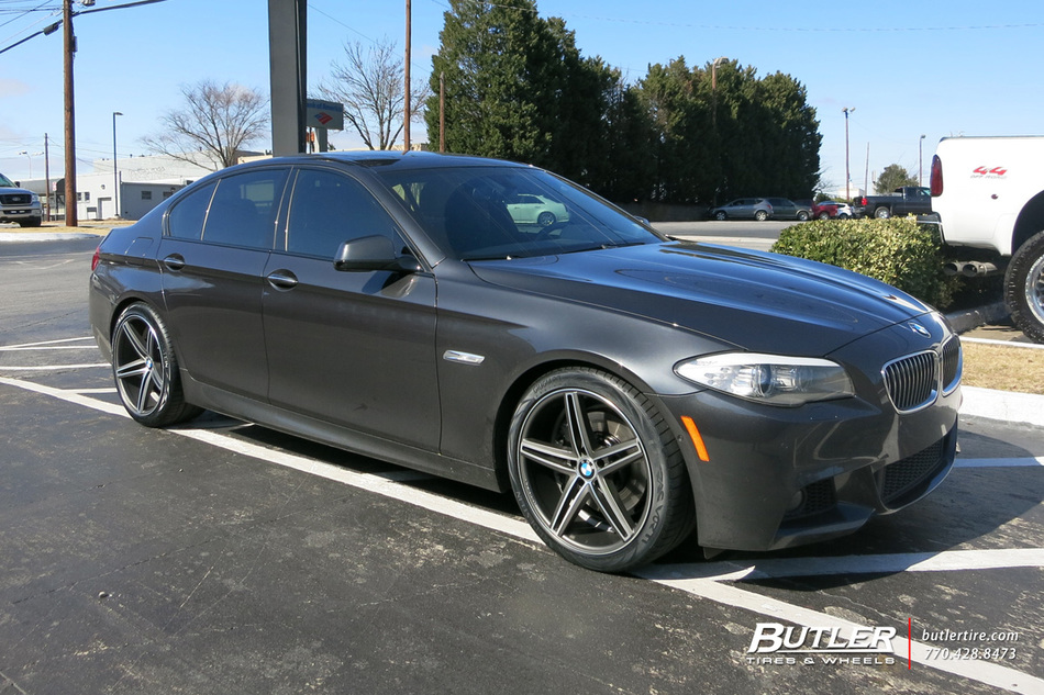 Bmw 5 Series With 20in Vossen Cv5 Wheels Exclusively From