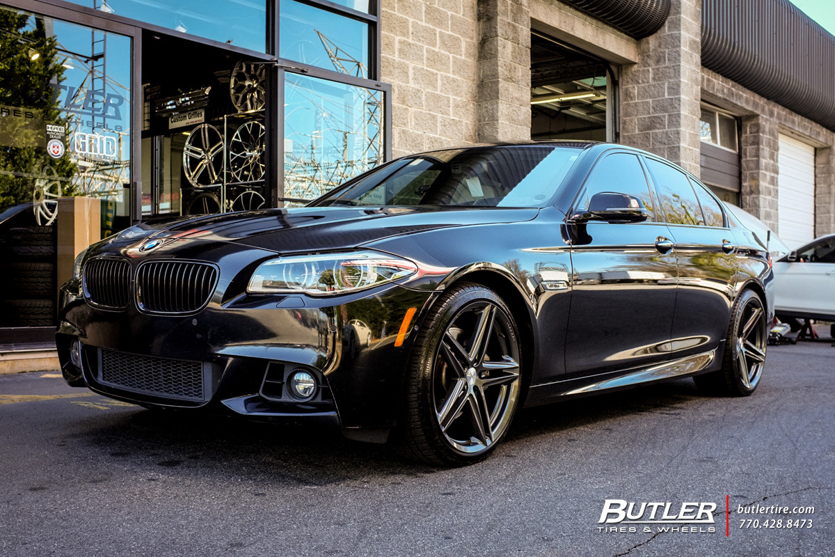 BMW 5 Series with 20in Vossen VFS5 Wheels