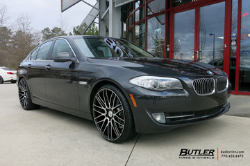 BMW 5 Series with 22in Savini BM13 Wheels