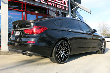 BMW 5 Series GT with 22in Savini BM13 Wheels