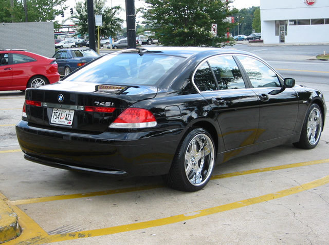 BMW 7 Series with 20in Lowenhart LD5 Wheels