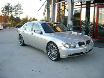 BMW 7 Series with 22in Autocouture Lative Wheels
