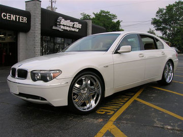 BMW 7 Series with 22in DUB Shoreline Wheels