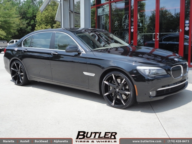 BMW 7 Series with 22in Lexani CSS7 Wheels