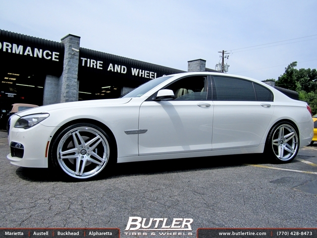 BMW 7 Series with 22in Lexani R-Five Wheels