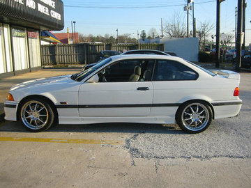 BMW M3 with 18in Antera 321 Wheels