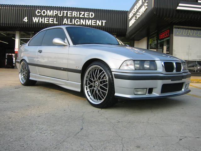 BMW M3 with 19in Axis Penta Wheels