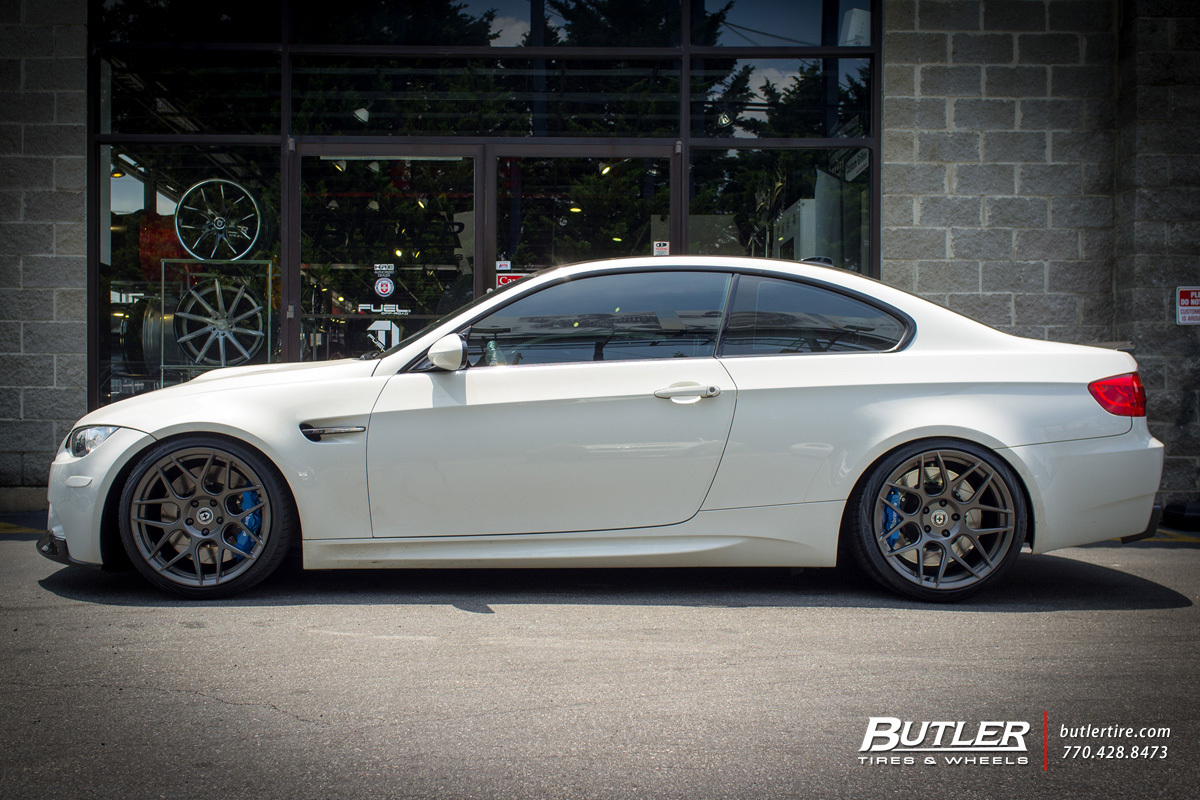BMW M3 with 19in HRE FF01 Wheels