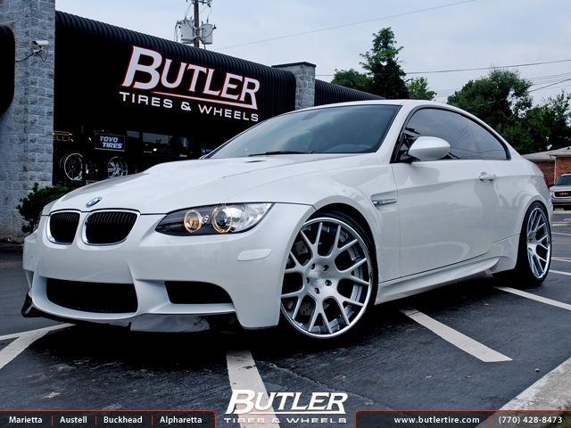 BMW M3 with 20in Niche Pulse Wheels