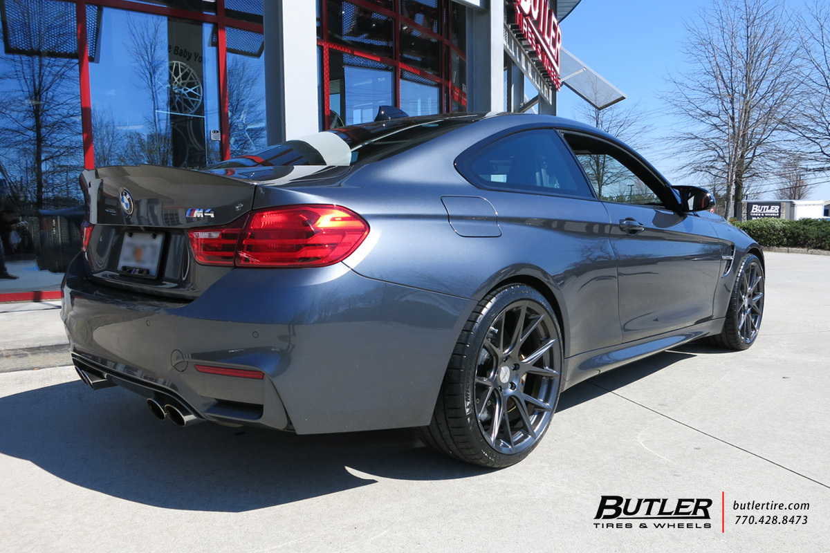 BMW M4 with 20in Vossen VFS6 Wheels