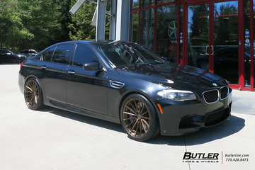 BMW M5 with 20in Avant Garde M615 Wheels