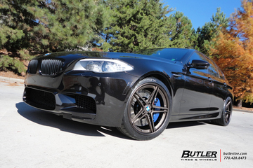 BMW M5 with 20in Niche Roma Wheels