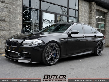 BMW M5 with 21in HRE S107 Wheels