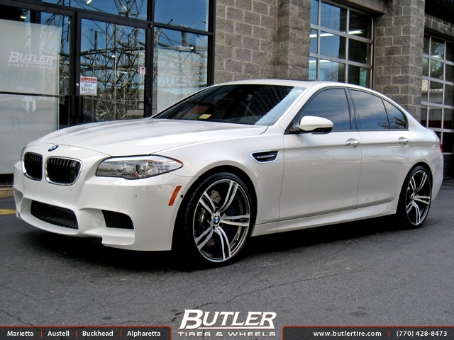BMW M5 with 21in Mint Heidelberg Wheels