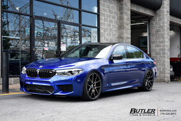 BMW M5 with 21in Savini BM14 Wheels