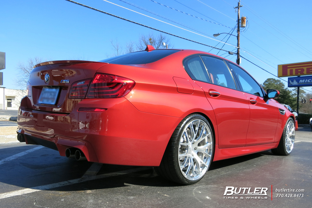 BMW M5 with 21in Savini SV39 Wheels