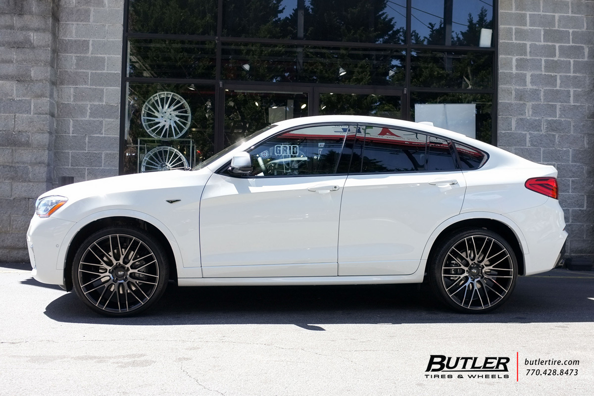 BMW X4 with 22in Savini BM13 Wheels