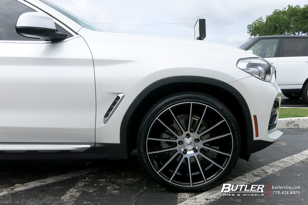 BMW X4 with 22in Savini BM9 Wheels