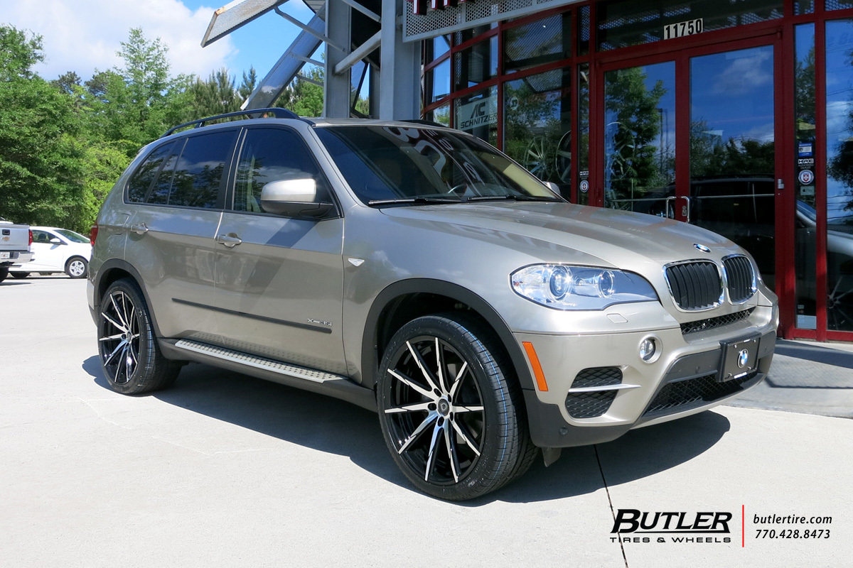 BMW X5 with 22in Lexani CSS15 Wheels
