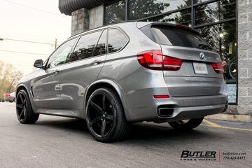 BMW X5 with 22in Savini BM11 Wheels