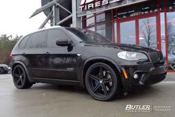 BMW X5M with 22in TSW Mirabeau Wheels