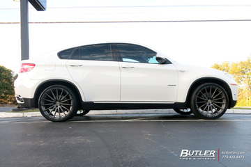 BMW X6 with 22in Avant Garde M615 Wheels