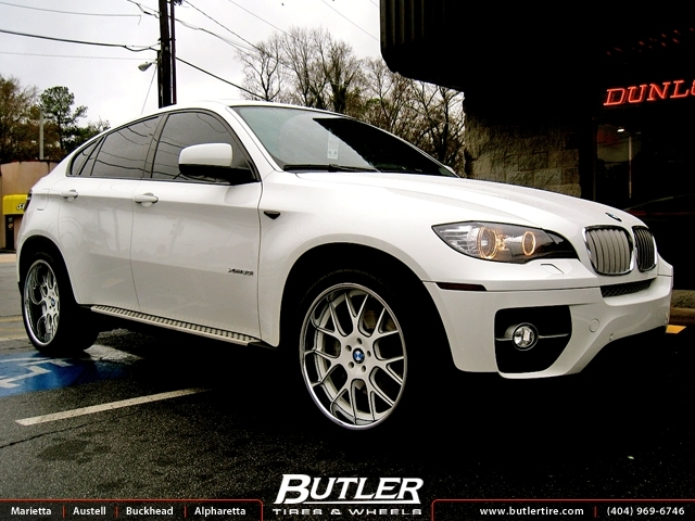 BMW X6 with 22in DUB Type 41 Wheels
