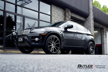 BMW X6 with 22in Savini BM12 Wheels