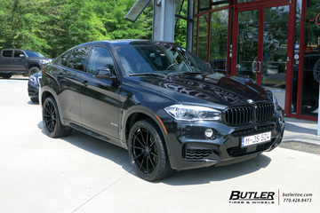 BMW X6 with 22in Savini SV-F 1 Wheels