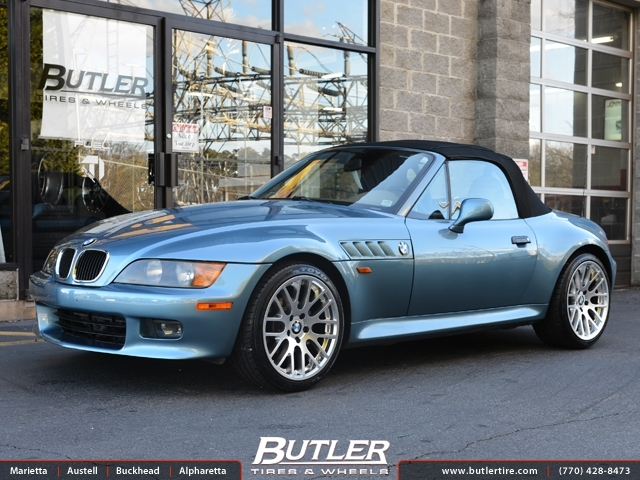 BMW Z3 with 18in Beyern Spartan Wheels