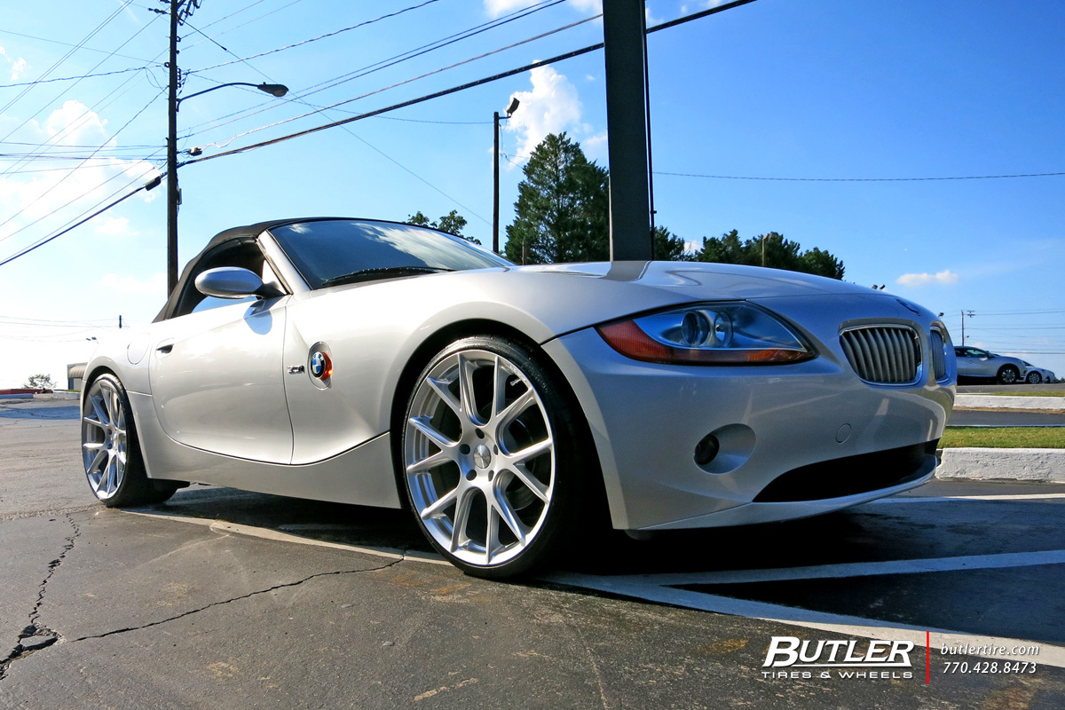 BMW Z4 with 20in Vossen VFS6 Wheels